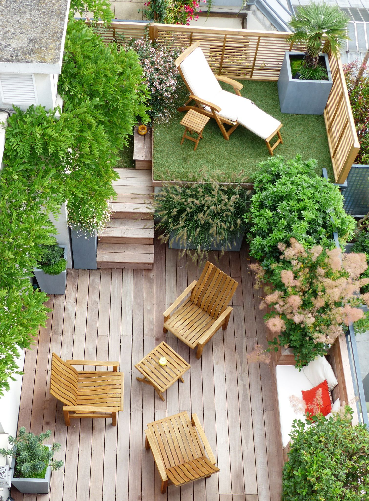 claustra-exterieur-sur-la-terrasse-de-ville_5835861.jpeg
