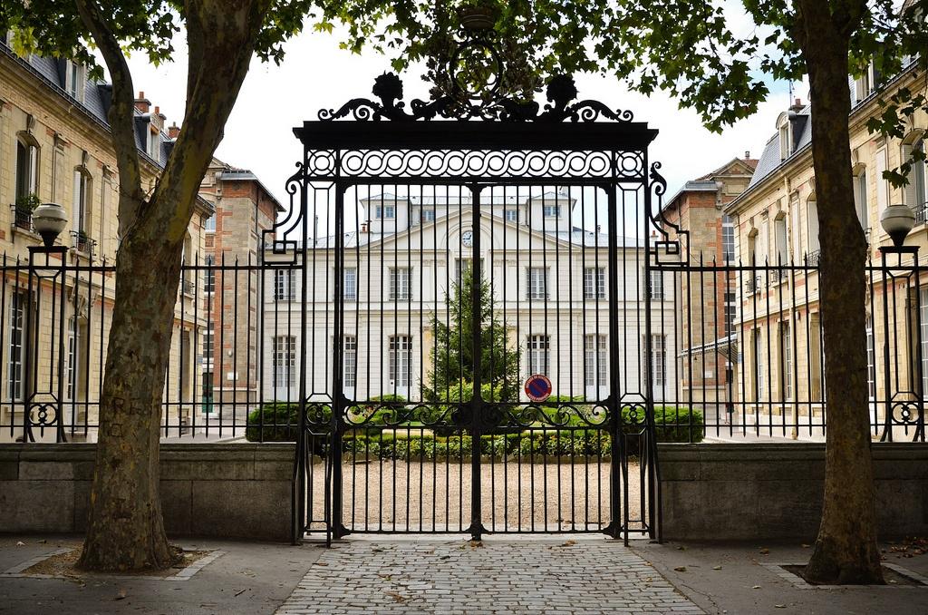 le-16eme-arrondissement-sympa-explique-aux-refractaires-8.jpg
