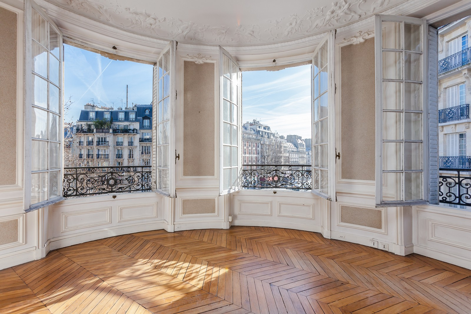 Appartement haussmannien à Paris, 8 clés historiques pour mieux ...